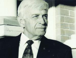 Author Max Eisen